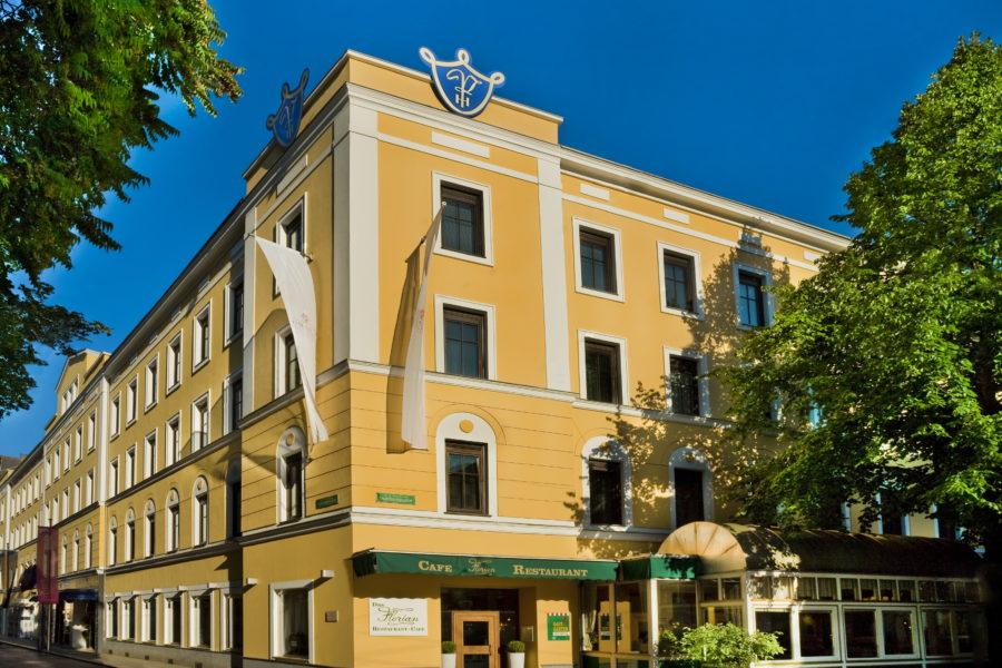 """Rekord für Tourismusstart nach Lockdown: Mehr als 7200 Nächtigungs-Anfragen für das Grazer """"Parkhotel – Traditional Luxury since 1574"""""""