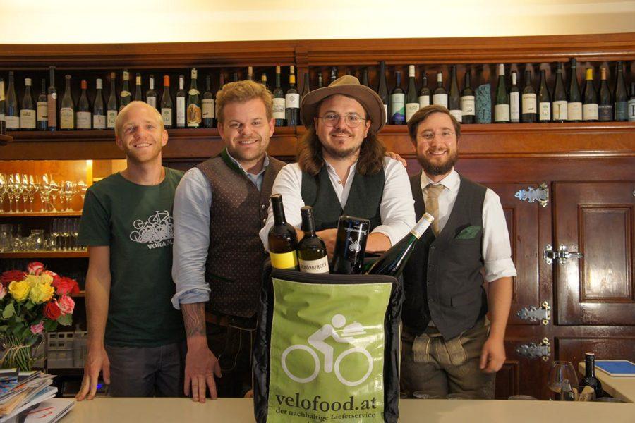 Erstmals in Österreich: Grazer Szene-Wirte starten Weinservice auf zwei Rädern