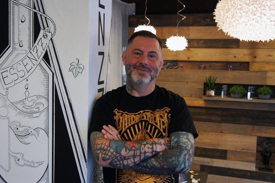 Grazer Künstler tätowiert 3-Hauben-Restaurant ESSENZZ
