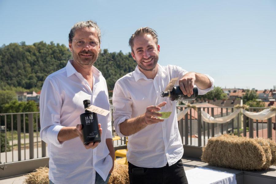 HAÌDI: Grazer bringen Österreichs ersten Bio-Heu Wodka auf den Markt